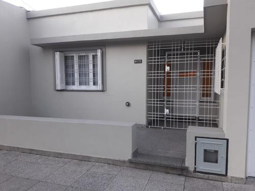 Casa Estilo Americana De 5 Ambientes. Garage Y Quincho. Zona San Juan