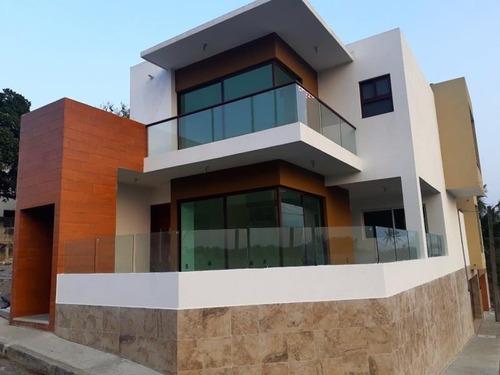 Casa Sola En Venta Fracc Lomas Del Mar