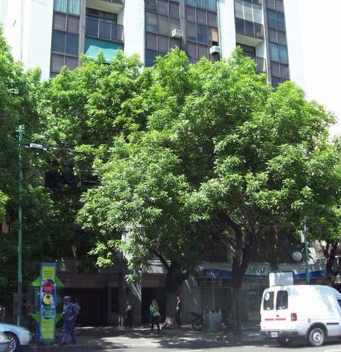 Imagen 1 de 3 de Cochera Cubierta En Venta Av. Córdoba 1600, Zona Céntrica