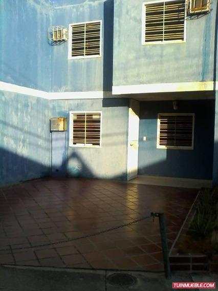 Best House Vende Excelente Town House En Margarita