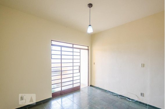 Casa Para Aluguel - Palmeiras, 1 Quarto, 55 - 893015579