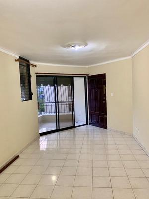 Apartamento De 3 Habitaciones En Alquiler Los Prados