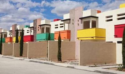 Remato Casa De 3 Recamaras, 2.5 Baños En Privada Mariano Hid