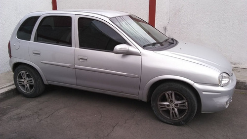 Chevrolet Corsa 2002 1.0 Wind Milenium 5p