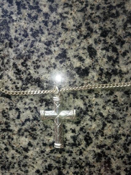 Cordão De Prata Com Crucifixo