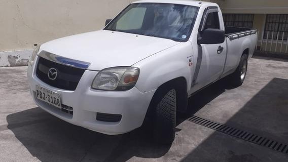 Mazda Bt-50 Blanca Placas Pichincha