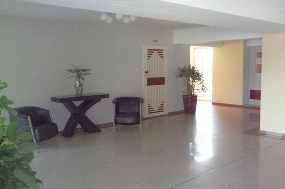 Venta De Apartamento En El Pedregal, Lara