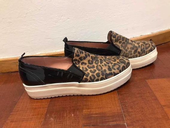 Zapatillas Panchas Con Plataforma De Charol Negro Y Leopardo
