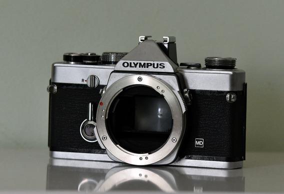 Câmera Olympus Om-1 M Analógica - Revisada - Fotômetro Top!!