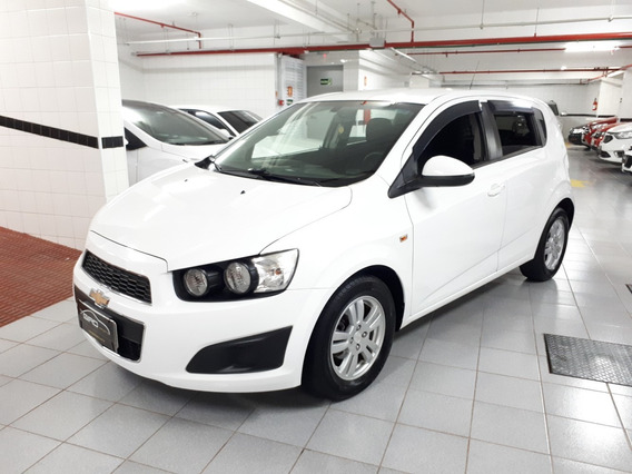 Chevrolet Sonic Lt 1.6 Flex 2014 Única Dona 2014