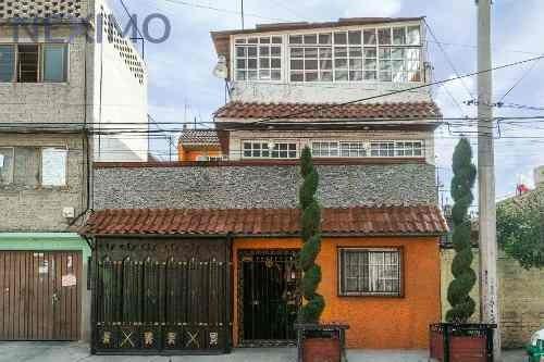 Bonita Y Muy Amplia Casa En Venta, Colonia Granjas Independencia, Ecatepec, Estado De México