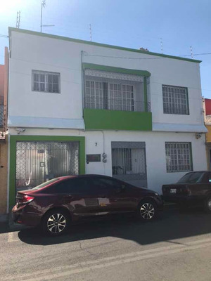 Casa En Coyoacán Muy Espaciosa 4 Recamaras Jardín Amplio