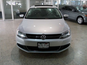 Volkswagen Jetta Mk6 Style Active Factura Agencia Un Dueño
