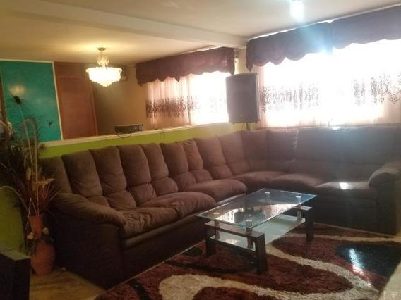Yarimar Gutierrez Vende Apartamento # 19-10071