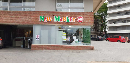 Local Comercial Sobre Av Italia
