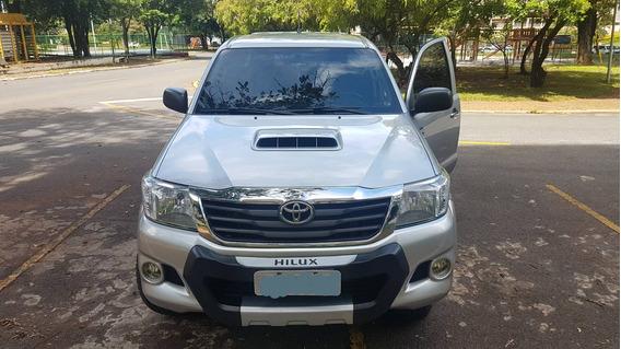 Toyota Hilux 3.0 Cab. Dupla 4x4 4p Pouco Rodada!