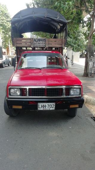 Chevrolet 1986 Luv Estacas