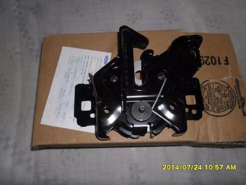 Imagen 1 de 4 de Cerradura Capot Ford Escape Todas Original