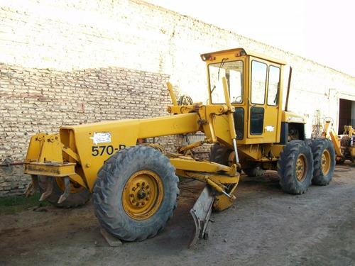 Motoniveladora Jhon Deere 570b