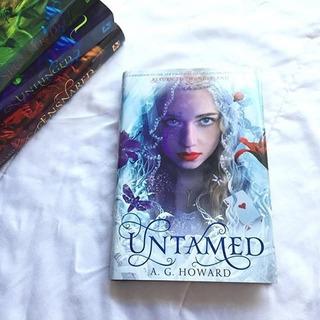 Untamed - Libro