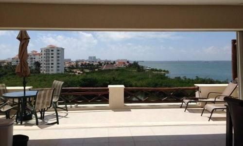Isla Bonita En Pok Ta Pok. Zh. Bonito Departamento En Venta De 2 Recámaras Con Super Vista A La Laguna. Cancún, Quintana Roo