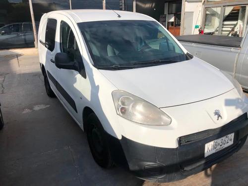 Peugeot Partner Adaptada A Rural