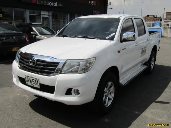 Toyota Hilux Mt 2500 4×4td 2ab