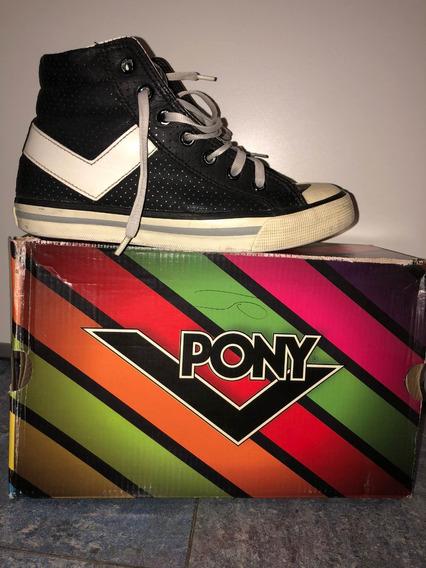 Zapatillas Cuero Pony Negra Y Blanca