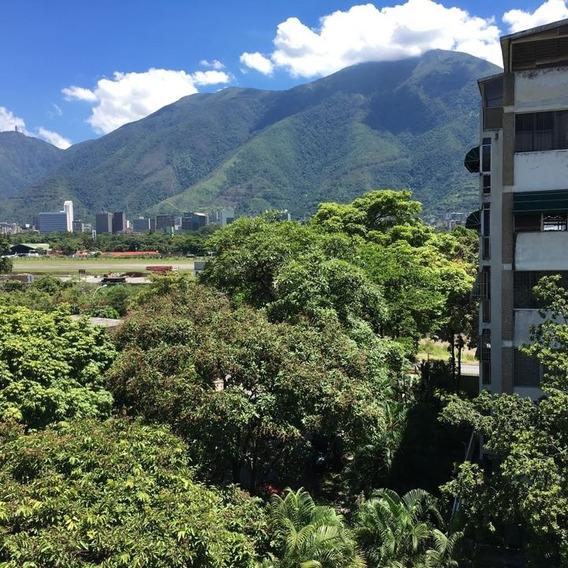 Se Alquila Applanta Baja Co185 Mas 40 Jardin 2h+s/4b/3p La Castellana