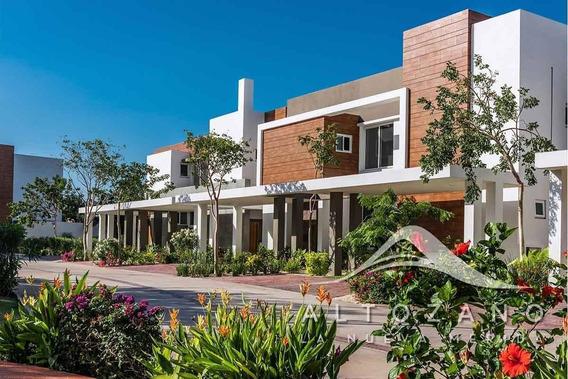 Casa En Venta En Merida, Yucatan. Privada Altozano Mod. Risco