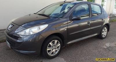 Peugeot 207 .