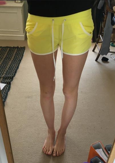 Mini Shorts Intimissimi Calzedonia Amarillos