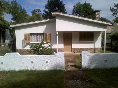 Alquilo Casa 2da. Enero A 3 Cuadras De La Playa En La Tuna