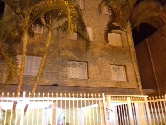 Apartamento À 200 Metros Do Mar Em Itanhaém-sp 3547-pc