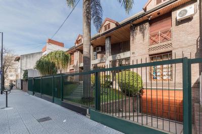 Imponente Residencia-corazon Villa Devoto
