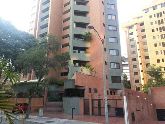 Espectacular Y Amplio Apartamento Urb. El Rosal #20-14254
