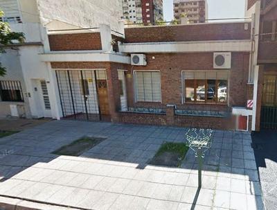 Casa En Alquiler En Ramos Mejia Centro