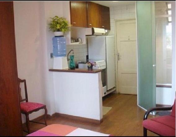 Studio Com 1 Dormitório Para Alugar, 40 M² Por R$ 1.200,00/mês - Boqueirão - Santos/sp - St0263