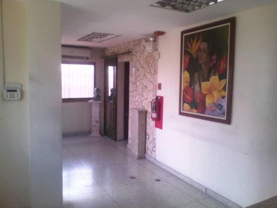 Oficina En Alquiler Zona Centro Barquisimeto 20-2227 Mz