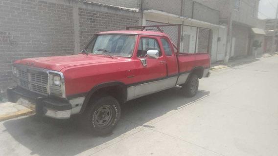 Dodge Ram D250 Camioneta Pick Up