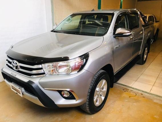 Toyota Hilux Srv 4x2 2.8 6m/t 2016