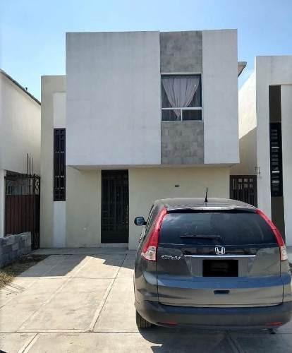 Casa Sola En Renta En Santa Rosa Ii, Apodaca, Nuevo León