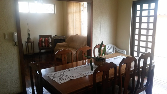Casa À Venda, 3 Quartos, 2 Vagas, Sagrada Família - Belo Horizonte/mg - 5074