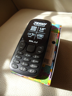 Telefono Celular Blu Jenny J050 Basico