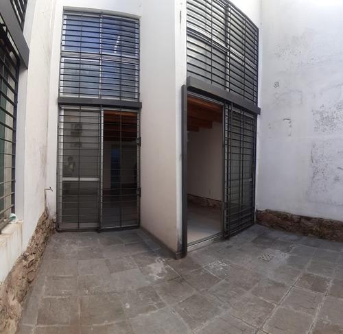 Alquiler Apartamento Punta Carretas Tipo Loft Con Patio