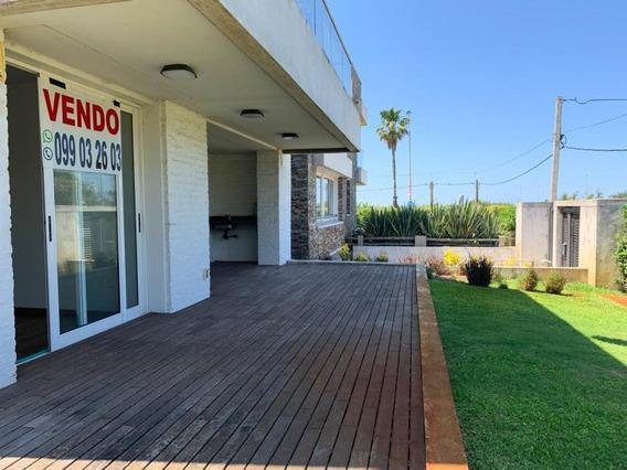 Carrasco Sobre Rambla, Apartamento De 3 Dormitorios Con Garage Doble