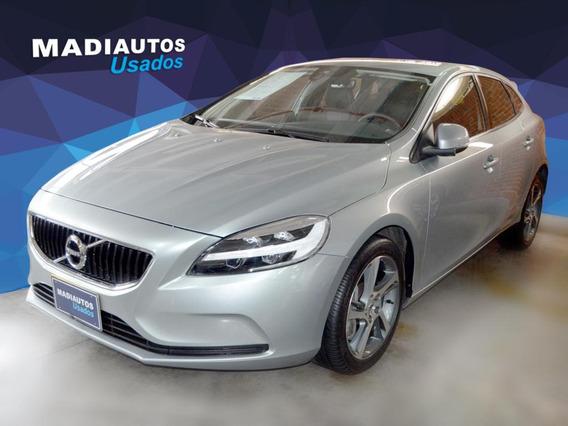 Volvo V-40 T3 Momentum 1.5 Aut. Hb 2019