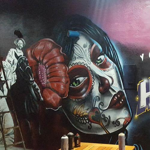 Imagen 1 de 6 de Graffiti Murales Banderas De Egresados Banderas De Futbol