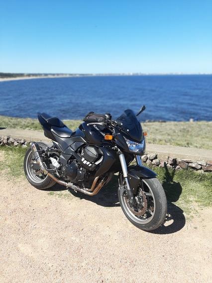 Kawasaki Z750r Naked.