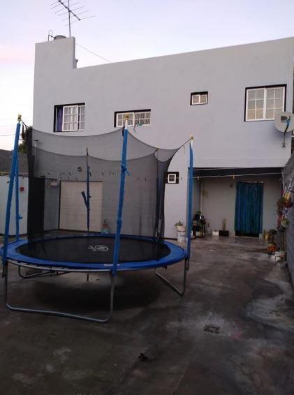 Casa Venta 3 Dormitorios 1 Baño Patio 150 Mts 2 - Terreno 10 X 20 Mts - 200 Mts 2- Los Hornos